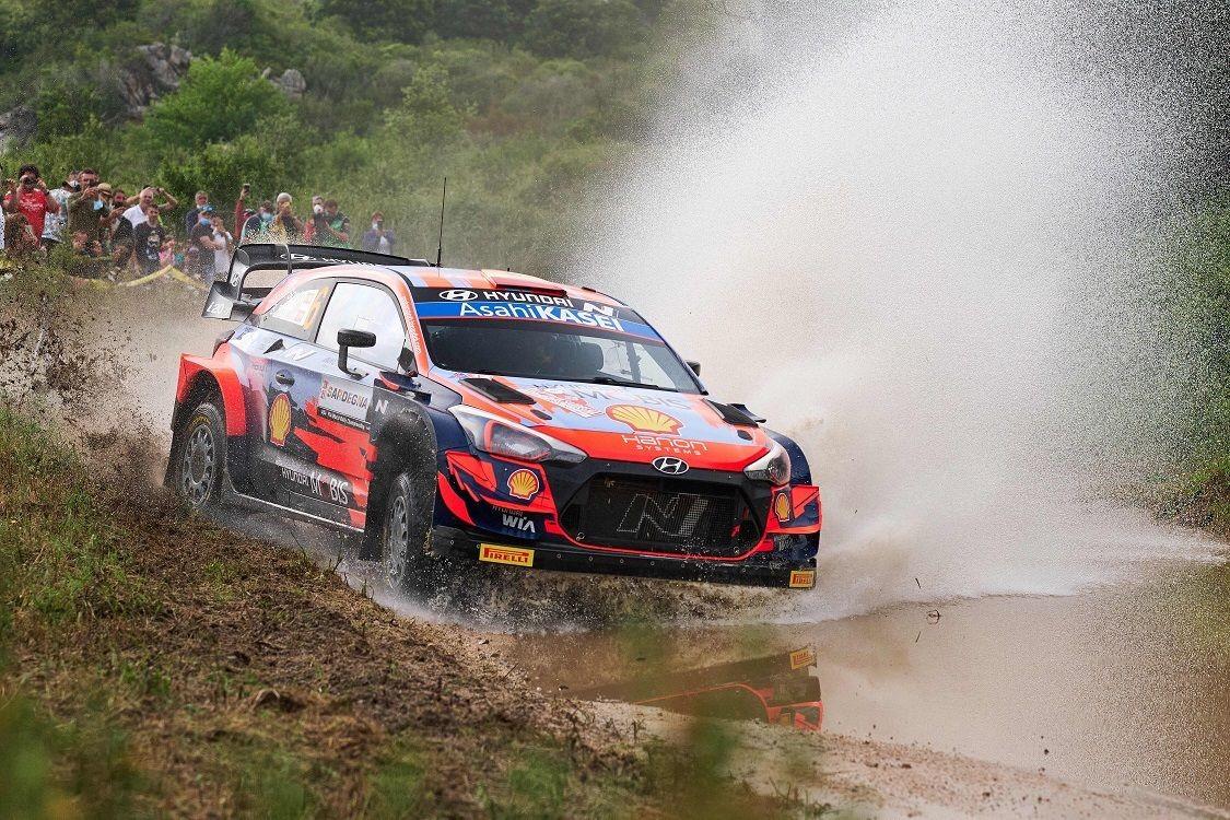 Hyundai_WRC_Rally-Italia-Sardegna-2