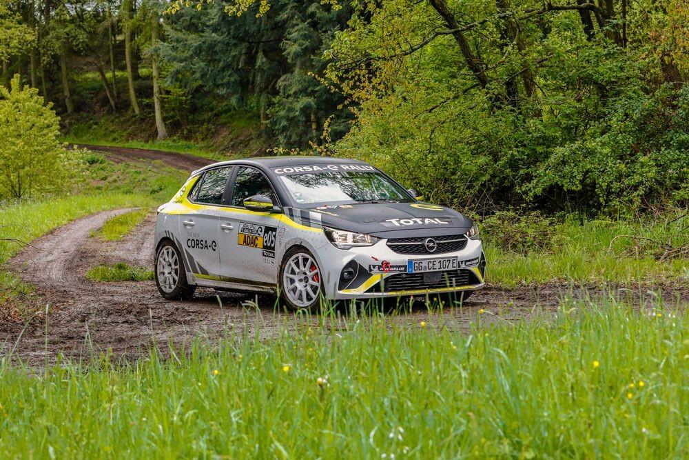 02-Opel-Corsa-e-Rally-515738